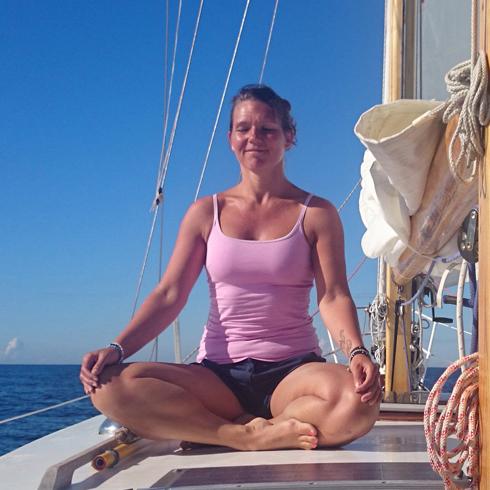 Yoga MediYoga Mindfulness Sanna Lohm