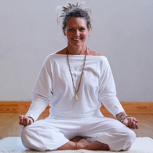 Barn-och-Ungdoms-Yoga-Sanna-Lohm